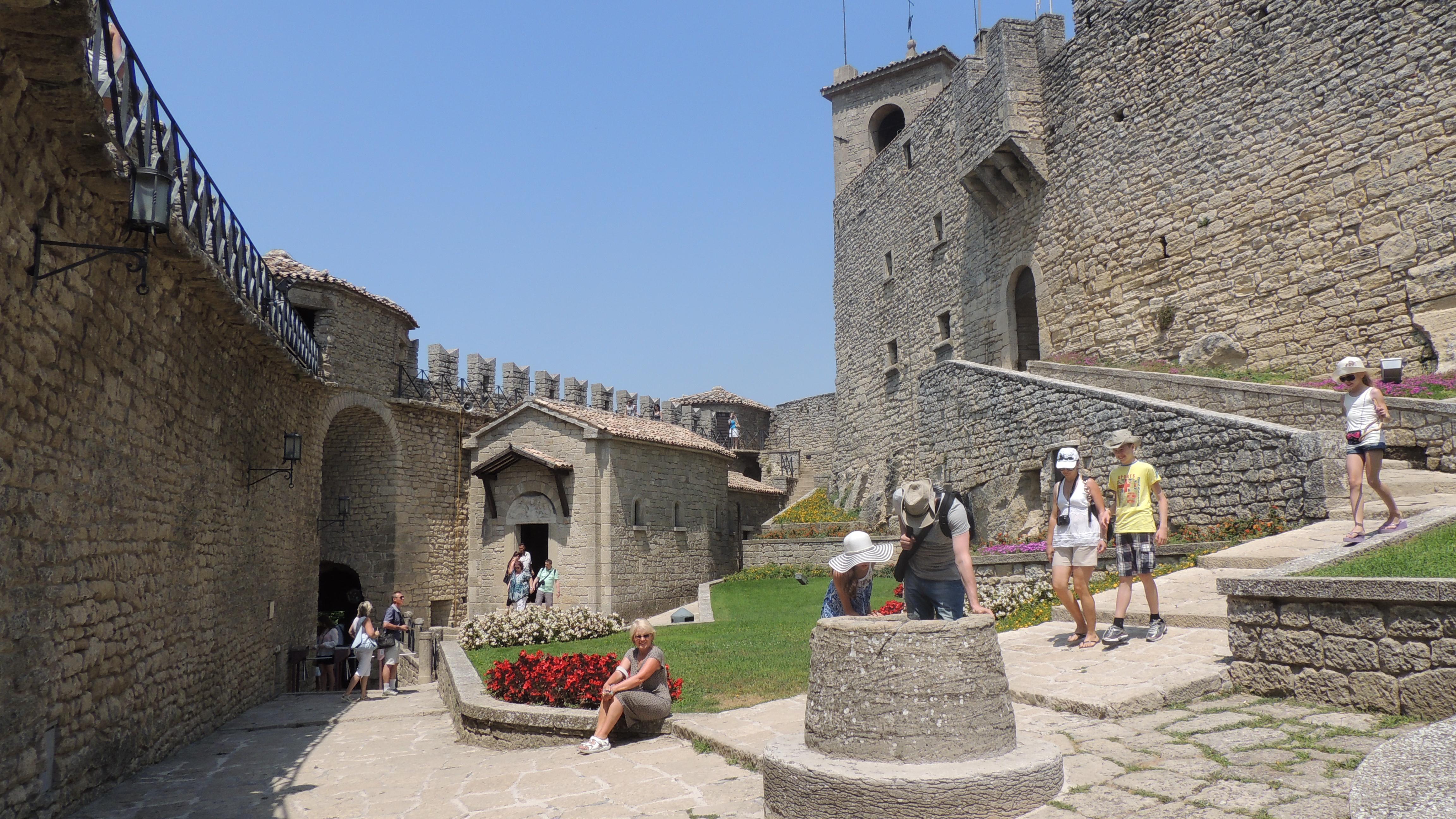San marino sehensw rdigkeiten fotos kostenlos free pictures - Mobilifici san marino ...